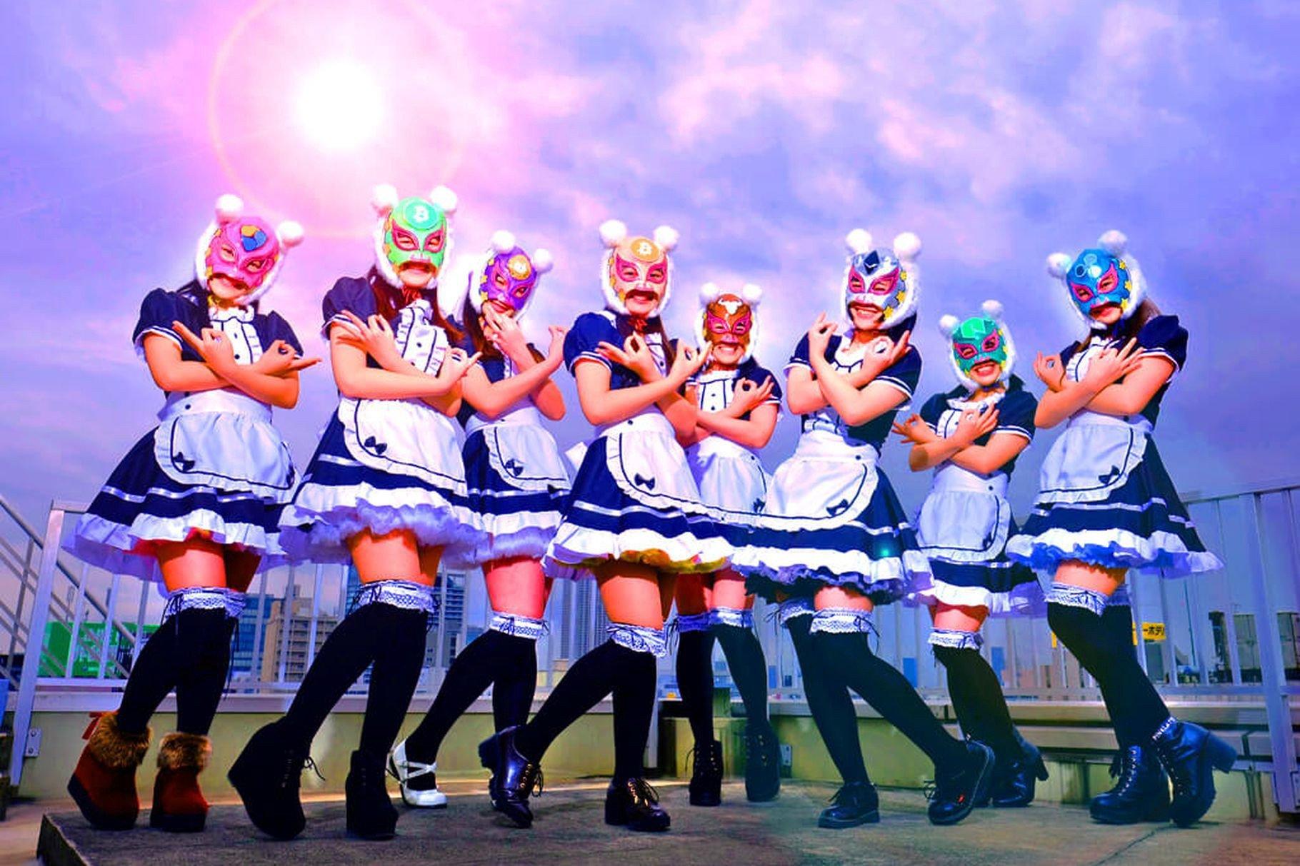 Японская поп-группа Kasotsuka Shojo поет о криптовалютах и получает оплату в биткоинах