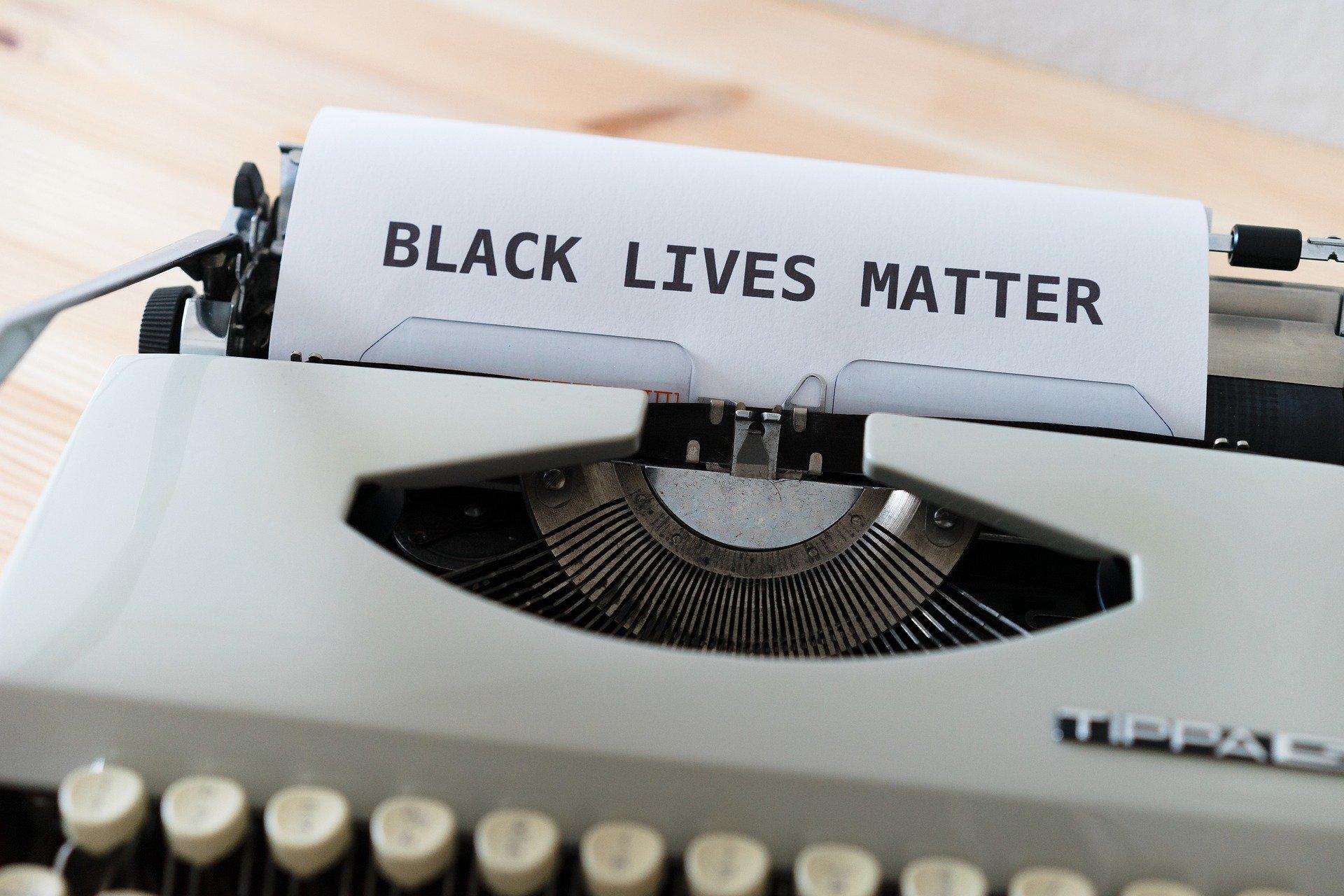 Более двух тысяч человек прошли маршем в поддержку Black Lives Matter в Японии