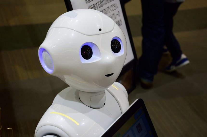 В Японии приостановили производство культового робота Pepper