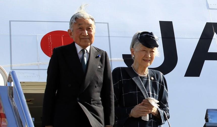 Власти Японии тайно проведут подготовку к отречению императора