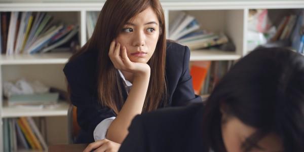 В большинстве школ в Нагасаки действуют правила, согласно которым ученикам разрешается носить только белое нижнее белье