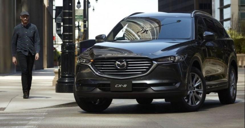 Новый кроссовер Mazda CX-8 пользуется популярностью