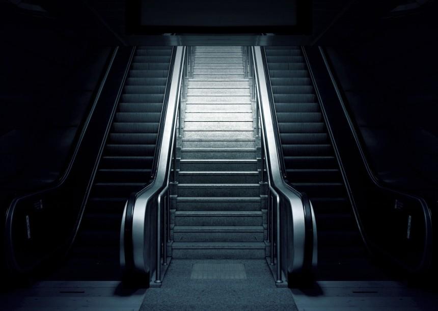 В японском городе Сайтама запретили ходить на эскалаторе
