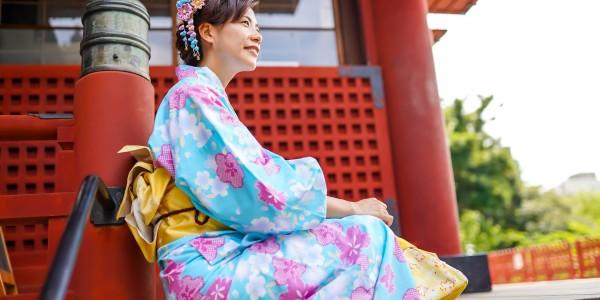 В Японии считается нормальным сказать женщине, что у неё большая грудь